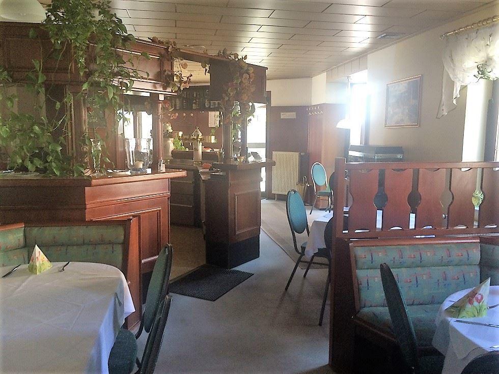 Restaurant..